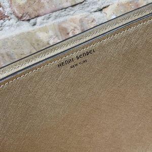 henri bendel Bags - Henri Bendel gold cosmetic clutch